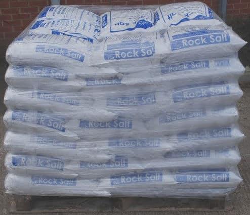 Brown rock salt/grit pallet
