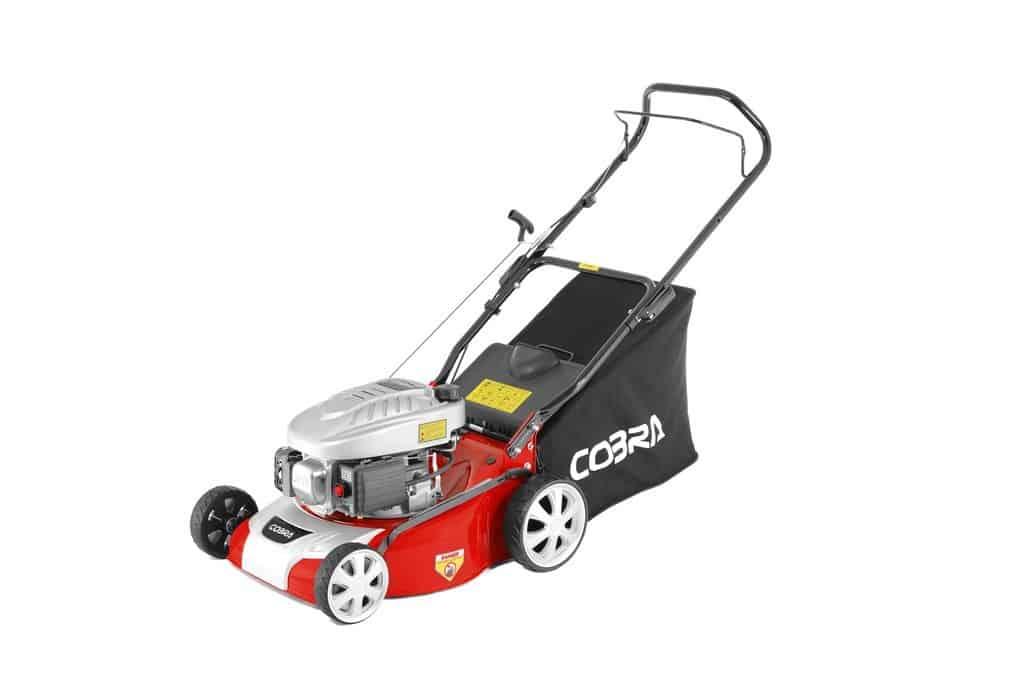 "Cobra M40C 16"" petrol lawnmower"