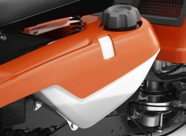 Husqvarna R 214 T 103cm AWD